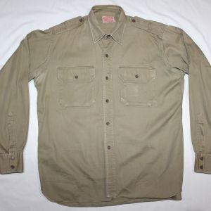 D100. WWII OFFICER'S KHAKI COTTON FIELD SHIRT