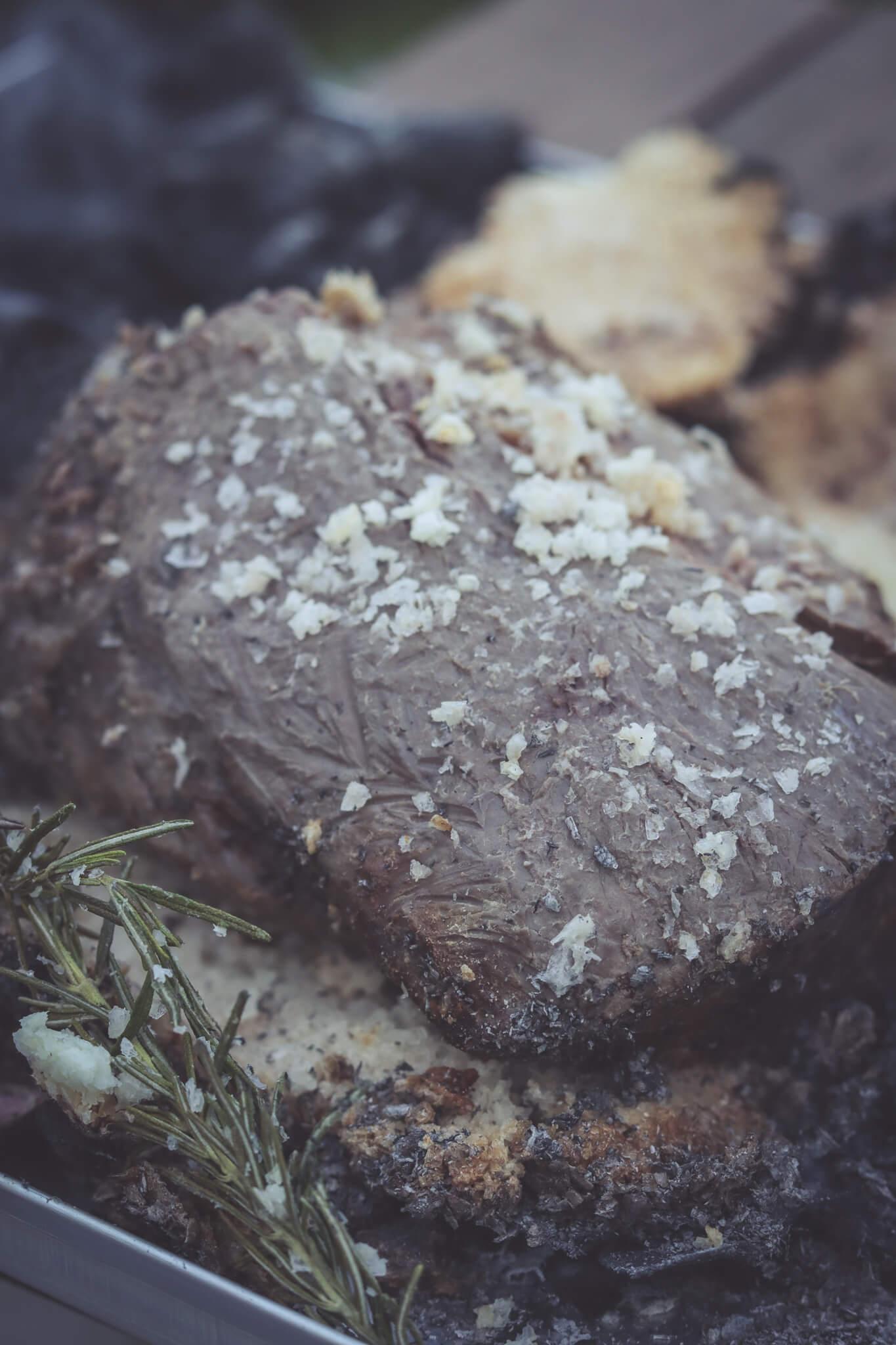 Lomo al trapo recept. In doeken en zout gegaarde ossenhaas.