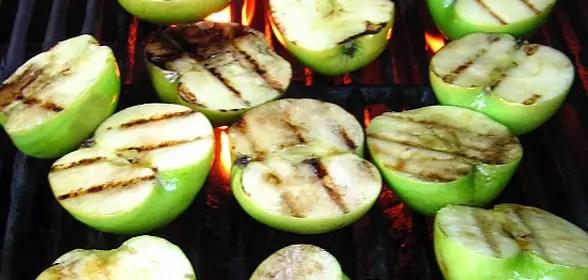 Appels op de barbecue