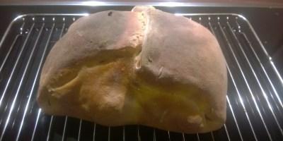 Rezept: Getarntes Kräuter-Hähnchen im Brotteigmantel