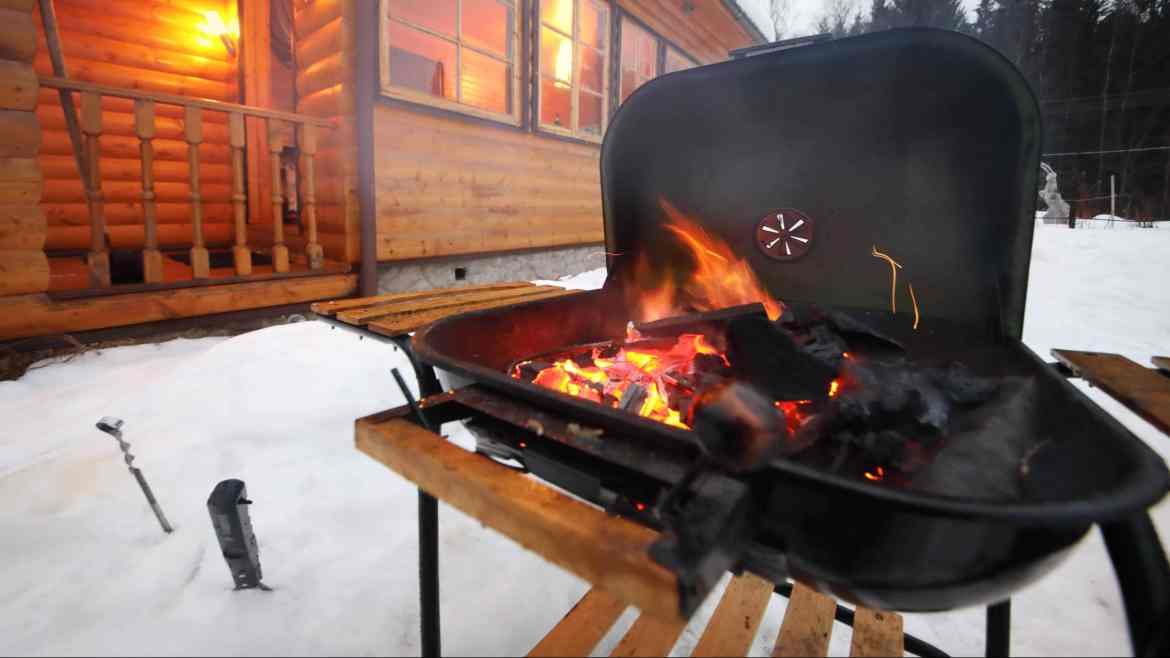 How To BBQ Grill In The Winter – 9 Top Tips For Hardcore Grillmasters