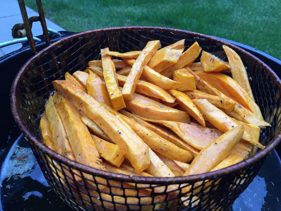 Süsskartoffel-Pommes aus dem Dopf