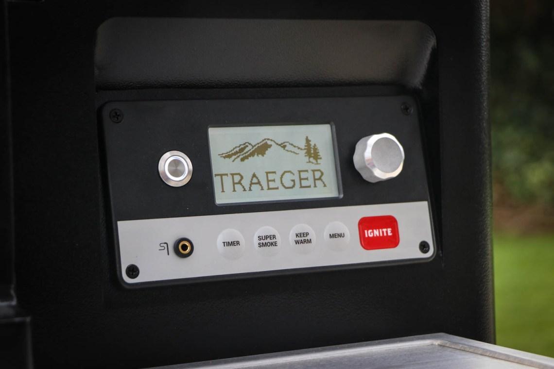 Einbrennen des Traeger Timberline 850