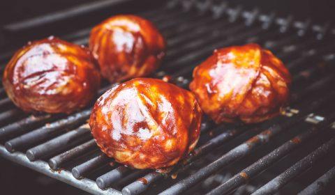 Büffel Meatballs mit Bacon