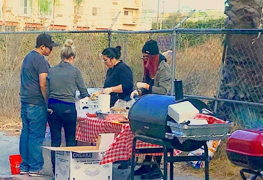 #BBQRESCUESFoundation #LosAngeles #Volunteers #ChristmasEve #Homeless #SkidRow #Downtown #LA #JackeyHall #AaronCollins #RachelMilstein #December #2017