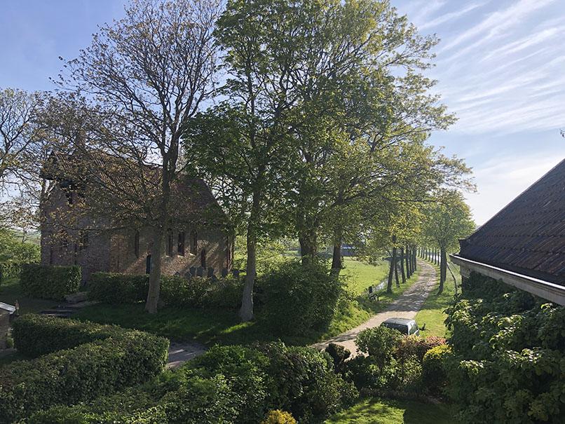 'Ons' 11e eeuwse kerkje