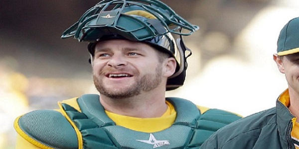 Stephen Vogt, catching, free agents