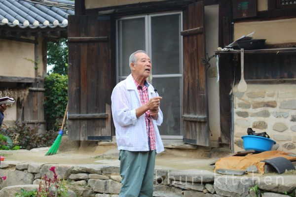 Brewmaster Lee Deok-seon is a South Chungcheong Province Intangible Cultural Heritage Asset