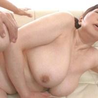木内友美52歳 近親相姦が似合う垂れ爆乳美熟女 『濡れそぼる、母の乳房を、見ていたら。』