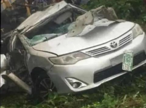 Two Lautech undergraduates, secondary school pupil died in fatal auto crash