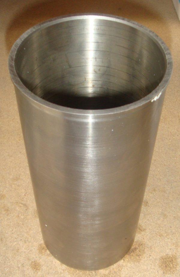 Втулка блока цилиндров 3900 / Гильза блока цилиндров 3900