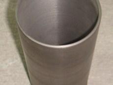 Гильза блока цилиндра Д 3900 (с бортом) 31358393 ф=103.23 / Ремонтная втулка блока цилиндров 3900
