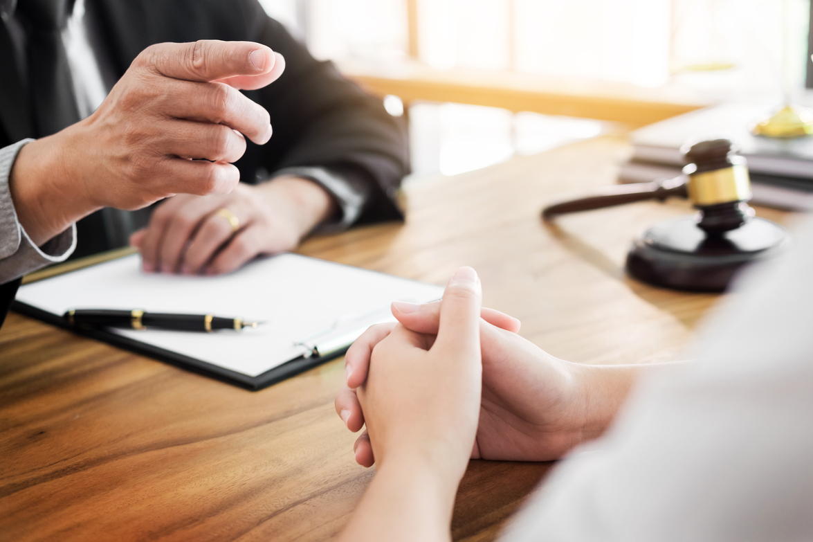 Why hiring a traffic court lawyer can save you a lot of trouble