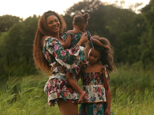 beyonce s kids blue ivy and rumi carter