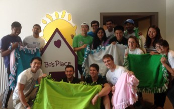 Student volunteers at Bo's Place on Matthew Carter Service Day