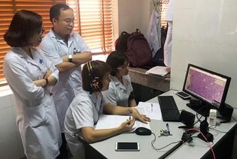 Healthcare professionals in Vietnam ...
