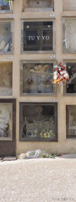 Cementerio Sant Gervasi - Tu y yo