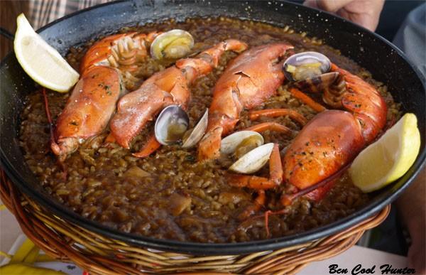 paella bogavante barceloneta