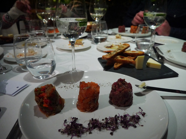 menu degustacion acontraluz tartare salmon carne