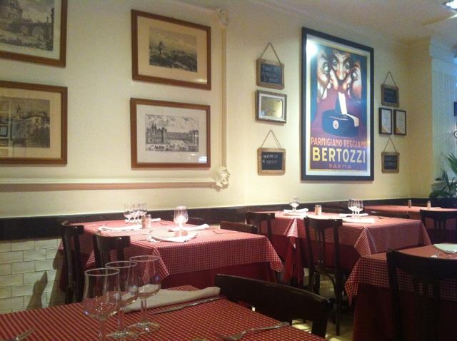 restaurante piazze italia mesas