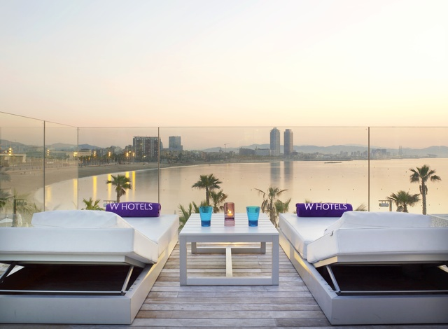 terraza hotel w barcelona Extreme WOW Private Cabana 1