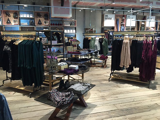 urban-outfittes-tienda-bcn