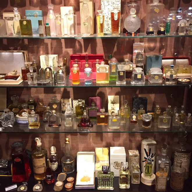museo perfume botellas