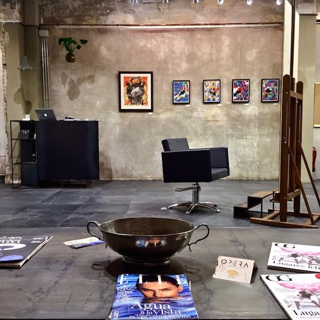 operalounge galeria arte peluqueria