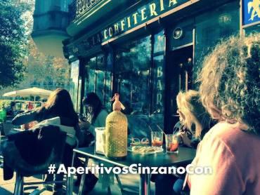 aperitivocinzanocon confiteria