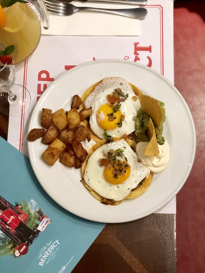 benedict huevos