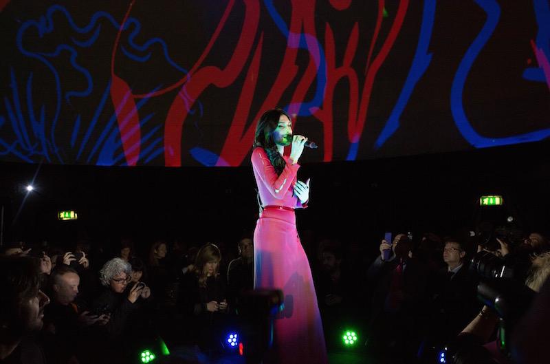 Uno de los puntos álgidos del espectáculo fue durante la actuación de Conchita Wurst, ganadora vienesa del último Festival de Eurovisión