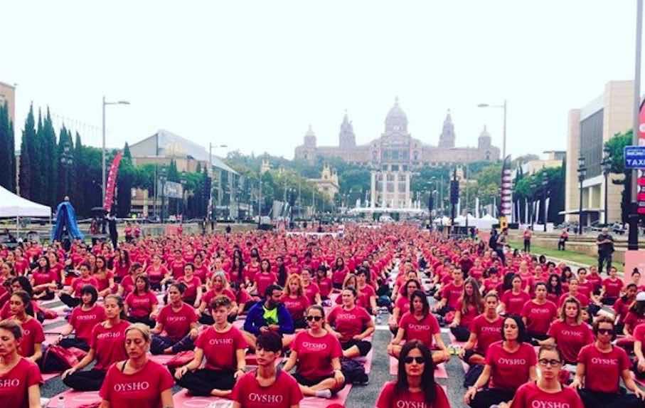 © Instagram @Oysho. Pasada edición de #FreeYogaByOysho en Barcelona.
