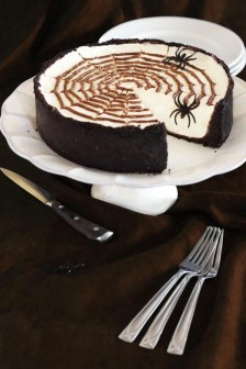No Bake Spiderweb Cheesecake for Halloween