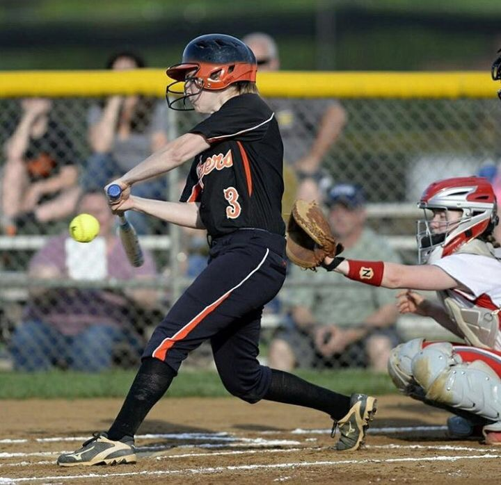 Mackenzie+Ringer+playing+softball+at+BDHS+