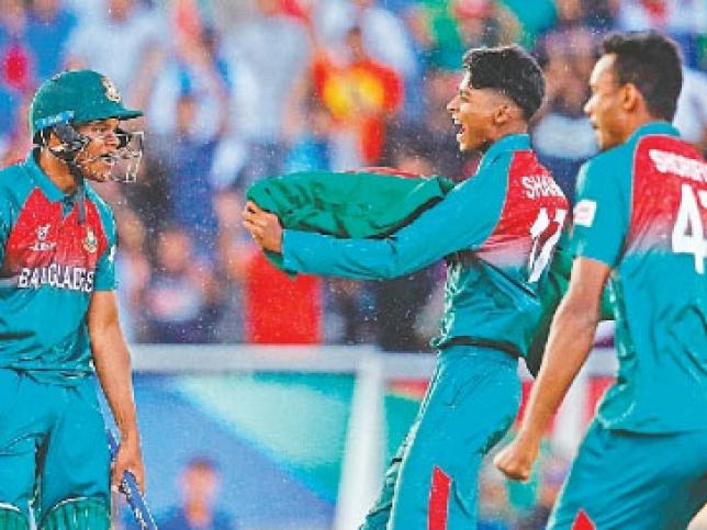 Bangladesh skipper Akbar Ali plays a shot against India in U-19 World Cup final in Potchefstroom, South Africa on 9 February, 2020.
