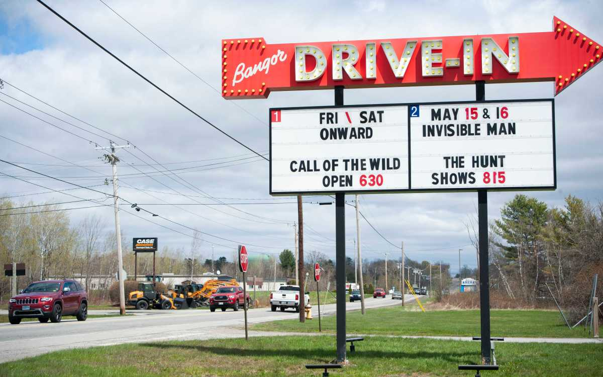 Drive In Movie Theaters Offer A Bright Spot In A Darkened Entertainment Landscape In Maine