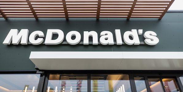 Modernizáció és bővítés a magyarországi McDonald'snál