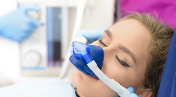 Altatásos fogászat előnyei és veszélyei