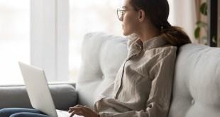 Nemzetközi tanulmány: a megkérdezettek 82%-a szerint mesterséges intelligenciával is hatékonyan csökkenthető a munkahelyi stressz