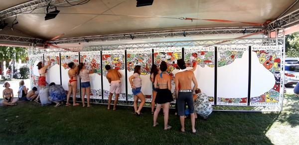 A Jónak lenni jó! aukción a legnagyobb közösségi festmény
