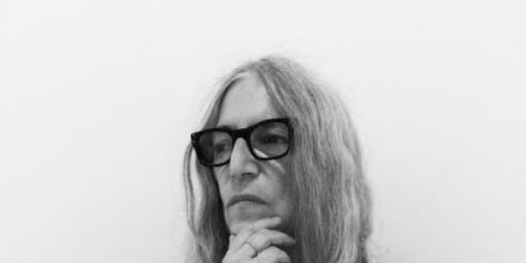 A punk koszorús költője újra Budapesten ad koncertet – Patti Smith a Liszt Ünnepen
