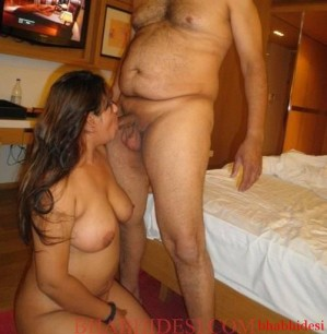sexy-indian-pakistani-bhabhi-and-wife-nude-photo-15-sexy-bhabhi-sexy-indian-photo-299x306