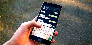 secure messaging app whatsapp