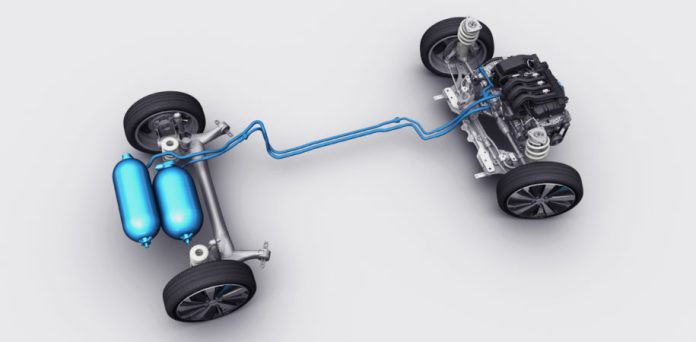 Hybrid car with compressed air