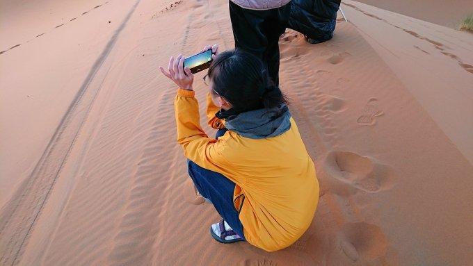 モロッコのサハラ砂漠で遂に朝日とご対面1