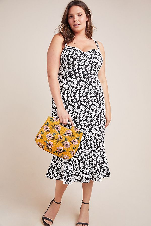 UNRULY | 19 Sexy Plus-Size Dresses Fit for Any Summer Shindig