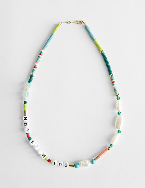 Friendship necklace with beads and pearls.