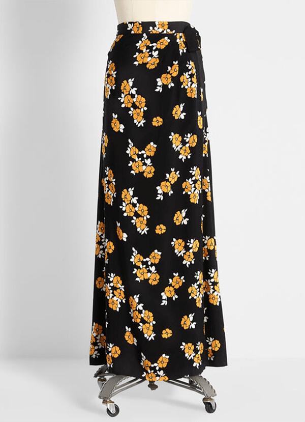 A plus-size floral maxi skirt.
