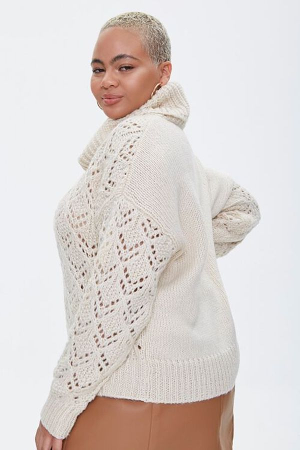 A model wearing a plus-size turtleneck sweater in white.