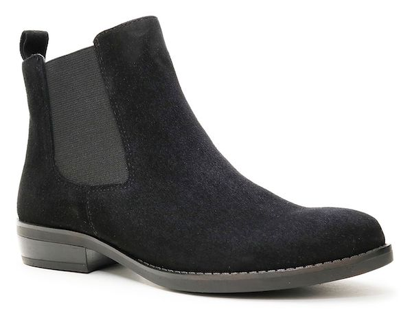Wide-fit Chelsea boots in black.